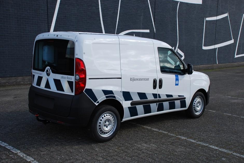 Rijkswaterstaat witte bestelwagen